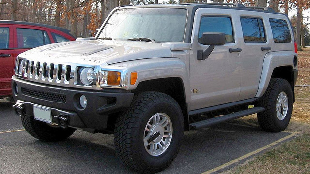 HUMMER Service and Repair in Kent and Des Moines | Premier Automotive Services