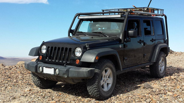 Jeep Service and Repair in Kent and Des Moines | Premier Automotive Services